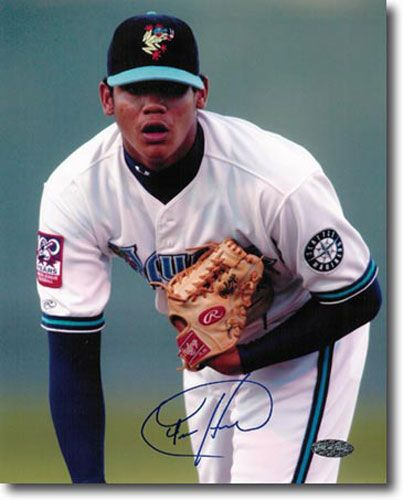 FELIX HERNANDEZ 2002 Certified Autograph Rookie Auto 11x14 Photo MARINERS